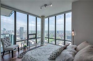 CUSTOM 3 Bdrm Suite High Flr! Dwntwn Lake&City Views 4 units/flr