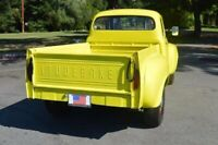 Miniature 4 Coche Americano de época Studebaker Deluxe 1959