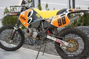 Ktm 300 exc  ENGINE parts WANTED