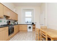 STUDENTS 17/18: Very large 3bedroom and box room HMO flat in Morningside available August - NO FEES