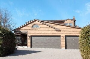 4 Bedroom Home in Sought After Community of Hunt Club Woods