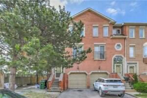 Bright 3-Storey Townhouse In Superior Location At Reidmount Ave