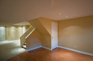 PAINTER YEARS EXPERIENCED--------- LICENSED PAINTER PROFESSIONAL North Shore Greater Vancouver Area image 1
