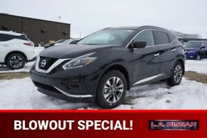2018 Nissan Murano S Apple Carplay & Android Auto, Back Up Cam,