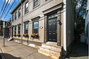 Modern 2 bedroom Apartment in Downtown Halifax
