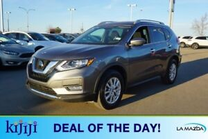 2018 Nissan Rogue AWD SV PAN SUNROOF Accident Free,  Heated Seat