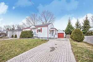 Beautiful Detached Home + Include Bsmt Apartment In Newmarket!