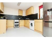 STUDENTS: Fantastic 5 bed HMO property in Fountainbridge with WiFi available January 2017
