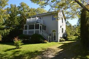 Waterfront Property!! 6068 East Bay Highway