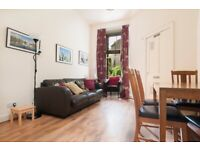 STUDENTS: Spacious 4 bed, 5 person HMO flat with broadband & lounge available NOW!