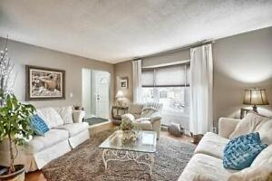 *WELCOME HOME! 3+1 BR IN SOUGHT AFTER COURTICE!*