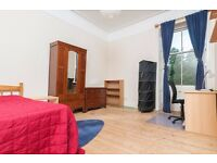 STUDENTS: Very spacious top floor 4 bed HMO flat with broadband available September NO FEES!