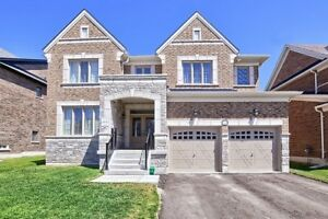 LUXURY 4 bedroom house backing into RAVINE for Rent in Innisfil!