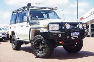 2013 Toyota Landcruiser VDJ76R MY13 GXL White 5 Speed Manual Wagon Westminster Stirling Area Preview
