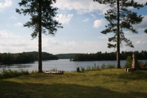 Bemaba Cottages 400 ft. lake frontage, 25 acres! Sleeps 10