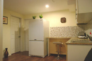 FURNISHED ROOM for student, close to Georgian, RVH