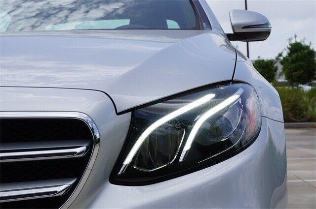 Image 6 Voiture Européenne d'occasion Mercedes-Benz E-Class 2020