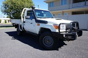2013 Toyota Landcruiser VDJ79R MY13 Workmate French Vanilla 5 Speed Manual Cab Chassis Dalby Dalby Area Preview
