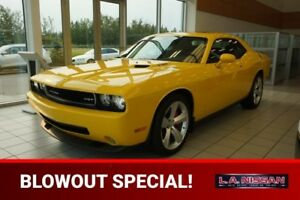 2010 Dodge Challenger SRT8 6 SPEED 6.1L Accident Free,  Navigati