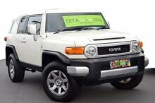 2014 Toyota FJ Cruiser GSJ15R MY14 White 5 Speed Automatic Wagon Coolangatta Gold Coast South Preview