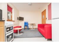 STUDENTS: HMO: 4 bedroom property in Fountainbridge with WiFi available August