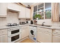 Very spacious 2 double bed flat in Paddington