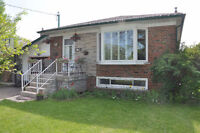 Main Level - Beautiful 3 Bedrooms in Richmond Hill