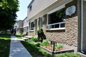 Beautiful 2 Bedroom Townhomes in Mature Complex in Corunna!