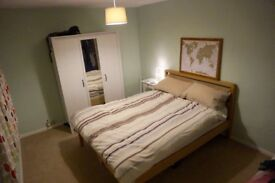 Furnished Double room in professional houseshare