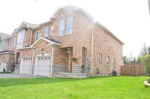 Fantastic Townhome in Newmarket       #17