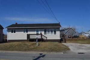 Move-in-ready! 208 King Edward Street, Glace Bay