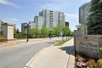 Two bedroom spacious condo in prime 7&11 Townsgate! Thornhill