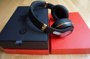 Alexander Wang Studio Beats, Limited Edition Save 10 %Off Price Stratford Kitchener Area image 5