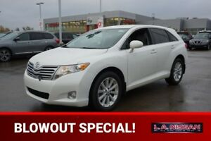 2012 Toyota Venza ALL WHEEL DRIVE Accident Free,  Bluetooth,  A/