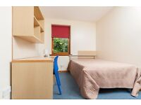 Budget Festival Flat for Groups 5 BED FESTIVAL FLAT - SLEEPS 10 (MINIMUM 3 NIGHTS)
