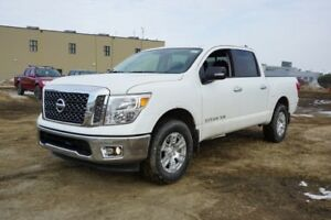2018 Nissan Titan 4X4 SV CREW CAB BLUETOOTH , BACK UP CAMERA, SI