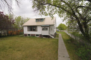 429 22 Street Fort Macleod