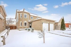 Beautiful house for lease in Barrie
