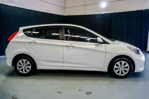 2014 Hyundai Accent RB2 MY15 Active White 4 Speed Sports Automatic Hatchback
