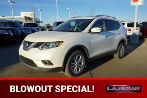 2014 Nissan Rogue SV ALL WHEEL DRIVE Accident Free,  Heated Seat