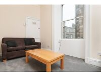 STUDENTS 17/18: Superb 2nd floor 3 bedroom HMO flat with WiFi in Canonmills available August NO FEES