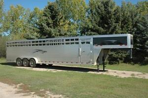 32ft Travalong Aluminum Livestock Trailer