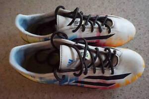 Souliers de soccer Adidas /souliers de Futsal Nike