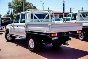 2013 Toyota Landcruiser VDJ79R MY13 GXL Double Cab White 5 Speed Manual Cab Chassis
