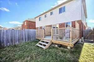 VERY NICE HOUSE AT NEWMARKET FOR SALE!