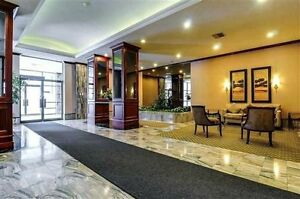 2+1 bdr/2bth spacious unit in the prestigious Palisades Building