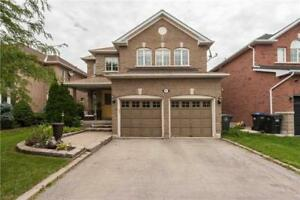 Amazing 5 Bedroom Home In Family Friendly Community!