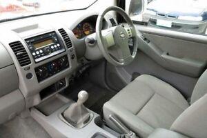 2009 Nissan Navara D40 ST-X White 6 Speed Manual 4D UTILITY