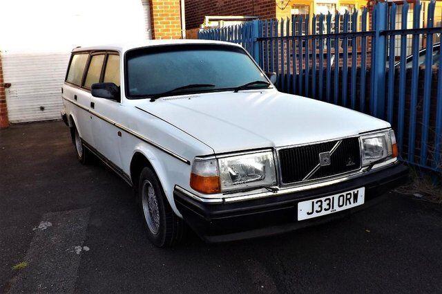 Volvo 240 SE Auto Estate petrol