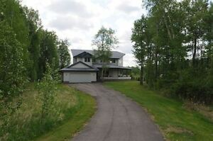 Stunning Fully Renovated Executive Acreage Home for Rent